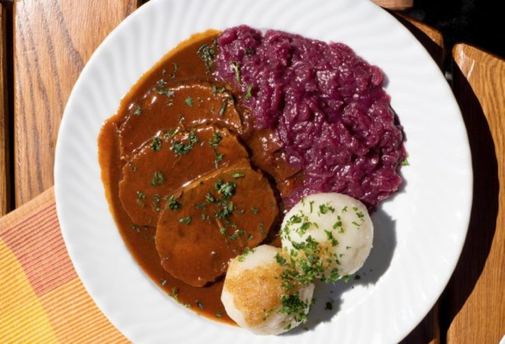 Sauerbraten / Beef roast with gravy
